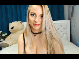 EmiliaBon - Show sexy with this ordinary body shape 18+ teen woman