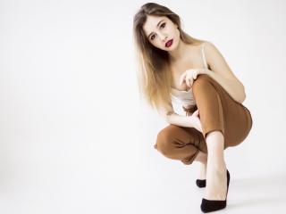 Sexy nude photo of HottyLong