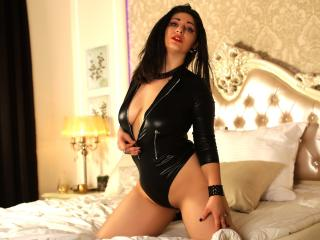 KaliReves - Sexy live show with sex cam on XloveCam®