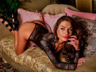 SharonMirage - Live cam hard with this fit physique Young lady