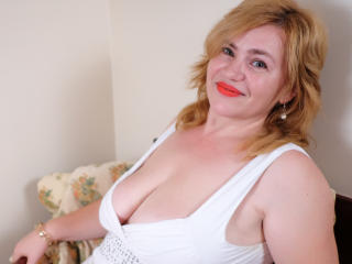 MyFirstTimee - Video chat porn with a shaved sexual organ Attractive woman