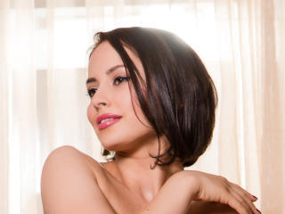 EmanuelleX - Chat sex with a standard breast Sexy babes