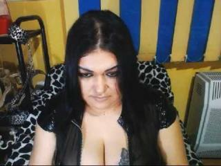 Picture of the sexy profile of TabithaMiss, for a very hot webcam live show !