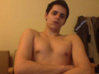 Photo de profil sexy du modèle HottGuyForUX, pour un live show webcam très hot !