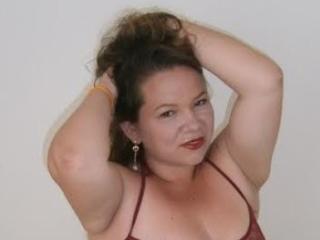 Bild på den sexiga profilen av WildSaphiro för en väldigt het liveshow i webbkameran!