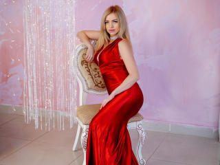 MiladyOne - online show x with this being from Europe Young and sexy lady