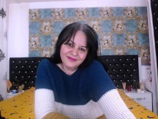 Foto de perfil sexy da modelo LuckySabrina, para um live show muito quente!