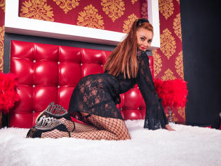 KellyReid - Chat cam xXx with a Hot chick with average hooters