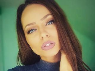 MarryMelda - Webcam live exciting with a cocoa like hair College hotties