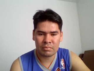 Foto de perfil sexy del modelo Tohny, ¡disfruta de un show webcam muy caliente!