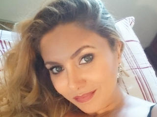 BiancaFit - online chat sex with a Lady over 35 with a standard breast