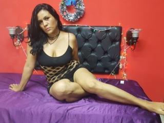 Foto del profilo sexy della modella HannaRoberts, per uno show live webcam molto piccante!