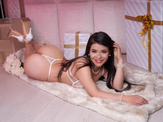 PaulinaMore - Chat hot with a ordinary body shape Sex girl