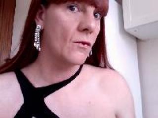 Photo de profil sexy du modèle clarasoumise, pour un live show webcam très hot !