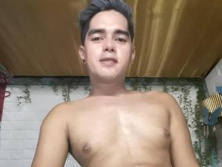 PinoyMatt - Web cam porn with a brunet Boys couple