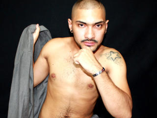 JohnnSavage - Live chat exciting with this Homosexuals with muscular physique