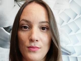 QueenKaly - Web cam nude with a brown hair Dominatrix