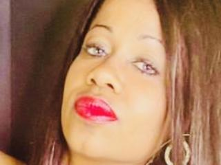 Cincia - chat online hot with a average hooter Young lady