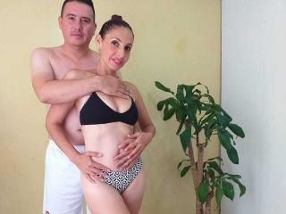 Picture of the sexy profile of LatineCouple69, for a very hot webcam live show !