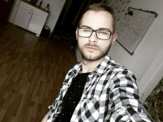 AydanMoore - Web cam nude with a White Homosexuals