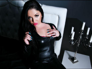 Picture of the sexy profile of GlossyDomina, for a very hot webcam live show !